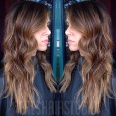 Cool and rich color meet. Toasted almond color melt #brondehair #hairpainting #balayage @thechemicalqueen