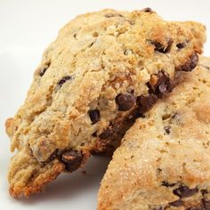 Just like a chocolate chip cookie but in a scone! Brown Sugar Chocolate Chip Scones!