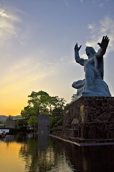 平和記念像(長崎) The Statue of Peace, Nagasaki, Japan Nagasaki, Hiroshima, Japan Tourism, Japan Travel, Places Around The World, Oh The Places You'll Go, Travel Humor, Funny Travel, Political Pictures