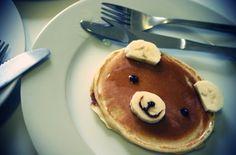 Teddy bear pancakes! The sweetest breakfast ever... <3