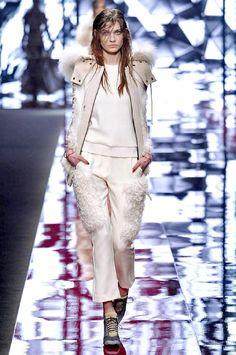 Just Cavalli Autumn/Winter 2015 Beauty Tips, Beauty Hacks, Fall Winter, Autumn, Catwalk, Celebrity Style, Fur, Magazine, Celebrities