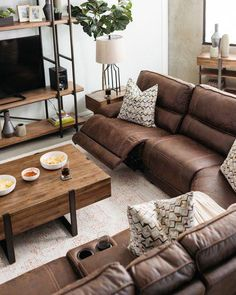 Six-Piece Traditional Reclining Sectional in Cognac #livingroomdecorideas