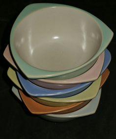 Vintage Tableware, Bugatti Chiron, Pottery Sculpture, Midcentury Modern, Retro Vintage, Addiction, Ceramics, Architecture, Kitchen