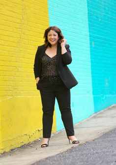 ad1de3c2 A review of the Ann Taylor Bi-Stretch Suiting and how it fits on a