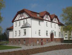 Putlitz_Burghofer_Herrenhaus.jpg (JPEG-Grafik, 1280×978 Pixel) - Skaliert (94%)