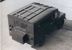 Weird And Wonderfull Old Army Land Rover Pictures.