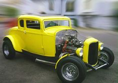 Ideas for my Street Rod: The Yellow American Graffiti Deuce Coupe is the Most Recognized Car in the World. Rat Rods, Classic Hot Rod, Classic Cars, Mustang, American Graffiti, 32 Ford, Unique Cars, Sweet Cars, Performance Cars