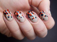 Polka dot nail art! Too cute.