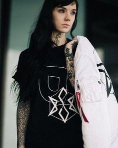Grace Neutral- I really like her tattoos!!