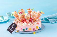 School bag cake for school enrollment - Einschulung - Kuchen Fondant Wedding Cakes, Fondant Cakes, School Enrollment, Bag Cake, Fondant Toppers, Birthday Cake Decorating, Creative Cakes, Cake Designs, School Bags