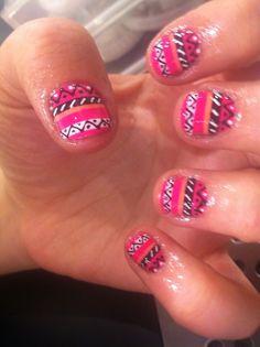 aztec nails♥♥ i need to be this creative. Tribal Print Nails, Tribal Nails, Fingernail Designs, Cute Nail Designs, Fancy Nails, Diy Nails, Nails After Acrylics, Great Nails, Nail Accessories