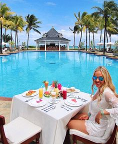 @pilotmadeleine at Heritage Le Telfair Golf & Spa resort in the South of Mauritius @heritageresorts