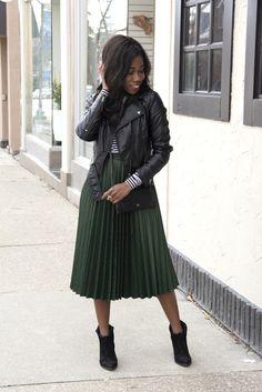 Plisirana suknja: Proljetni trend koji svakoj ženi dobro stoji ...