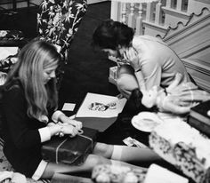 jackie kennedy after   Years after JFK's death Jackie opens a gift of a portrait of him~