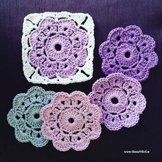 maybelle flowers made by bautawitch Crochet Diy, Crochet Motifs, Crochet Blocks, Crochet Squares, Love Crochet, Crochet Crafts, Yarn Crafts, Crochet Flowers, Crochet Stitches