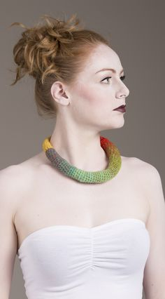 Yarn in Use Crochet Necklace, Beaded Necklace, Textile Jewelry, Chokers, Jewelry Design, Gift, Fashion, Beaded Collar, Moda