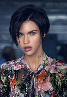Ruby Rose - Long Pixie