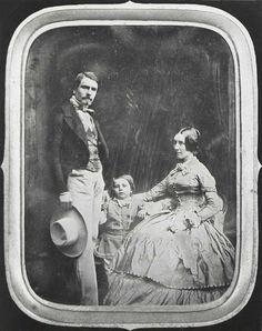 30-10-11  D. F. MILLET. Couple and Child, 1854-59. Daguerreotype.   Bibliotheque Nationale, Paris.