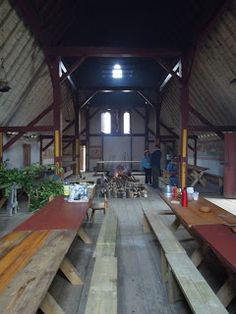 Viking Mead Hall - Long rows of tables....