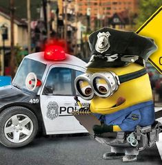 Minion cute cop 。◕‿◕。 See my Despicable Me Minions pins https://www.pinterest.com/search/my_pins/?q=minions