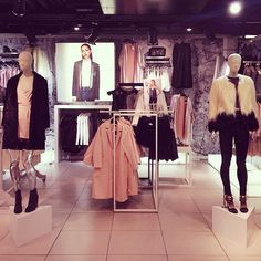 Slick blazer cuts, fluffy bombers and sugar-coated shades, autumn we're ready for you! High Fashion Outfits, Casual Outfits, Womens Fashion, Street Style 2014, Cold Weather Fashion, Going Out Outfits, Deco, Deko