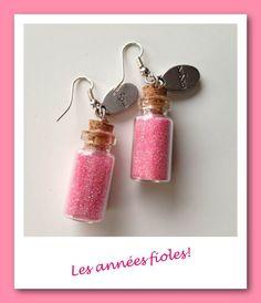 Boucles d'oreille les années fioles rose : Boucles d'oreille par lesbijouxdelareine