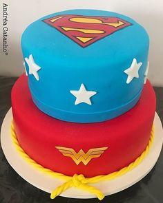 "deiasilva10:  ""#Repost @andrea_catanho  ・・・  Dc Comics, me patrocina! ✨  -  -  -  #dccomics #dccomicscake #supermancake #superman #wonderwoman #wonderwomancake #womderwomanparty #mulhermaravilha #supermanparty #superhomem #supermanandwonderwoman..."