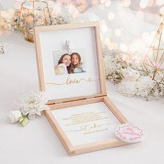 Piękne pudełeczko z kolekcji Only Love to doskonały sposób na wyjątkowe podziękowanie Świadkowej za pomoc. Dołączając do niego wspólne zdjęcie otrzymasz oryginalną pamiątkę, która na pewno wzruszy Świadkową. #kolekcjaslubne #slub #wesele #dekoracjeslubne #podziekowaniadlaswiadkowej Frame, How To Make, Wedding, Home Decor, Ideas, Picture Frame, Valentines Day Weddings, Decoration Home, Room Decor