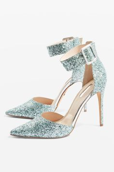c681cc455593 395 Best Glitter + Sparkle images in 2019   Je t'aime, Bling shoes, Cake