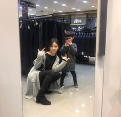 and baby ulzzang - and baby ulzzang (notitle) - baby and baby Couple With Baby, Mom And Baby, Baby Kids, Cute Asian Babies, Korean Babies, Cute Family, Family Goals, Baby Netflix, Cute Babies Photography