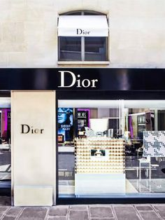 . A Makeup Artist's Guide to Beauty Shopping in Paris A Makeup Artist's Guide to Beauty Shopping in Paris