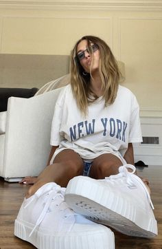 Estilo Hailey Baldwin, Hailey Baldwin Style, Cute Lazy Outfits, Trendy Summer Outfits, Pop Fashion, Girl Fashion, Fashion Outfits, Celebrity Style, Celebs