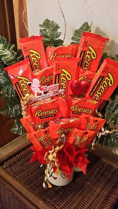 Peanut Butter Cup Valentine's Arrangement by AnitaEvelyn on Etsy
