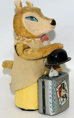 Vintage 1950's Mechanical Wind-up FOX THE MAGICIAN with Rabbit in Hat, Japan.