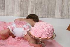 1st Birthday/Smash Cake/Cupcake Butt Pics! - BabyCenter