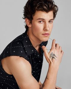 Shawn Mendes photographed by Justin Campbell for V Magazine. Shawn wears top Saint Laurent by Anthony Vaccarello ∘ pinned by: michaeljaimie ∘ ∘ Shwan Mendes, Mendes Army, Shawn Mendes Imagines, Justin Campbell, Shawn Mendes Photoshoot, Shawn Mendes Wallpaper, V Magazine, Anthony Vaccarello, Cute Guys
