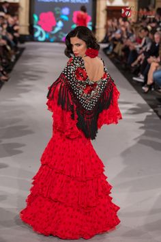 Luisa Pérez - We Love Flamenco 2018 Mexican Costume, Spanish Style, Dance Music, Fashion Outfits, Womens Fashion, Leotards, Velvet, Photoshoot, Costumes