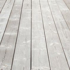 Achieve the weathered wood look while improving the UV, water and damage protection of the wood. Sioo Wood Protection.