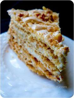 Торт Маркиза.4 яиц 200г сахара 200г грецких орехов 125г масла 2ст.л сметаны 400г муки ½ ч.л соды погашенной уксусом 1б сгущёнки 250г масла 1ст.л какао 1ст.л кофе(заварить в 1ст.л воды)