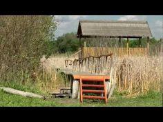 Kiránduljunk a környéken: A Merzse-mocsár | Vecsés Hírek Cabin, House Styles, Wood, Home Decor, Woodwind Instrument, Cabins, Timber Wood, Wood Planks, Cottage