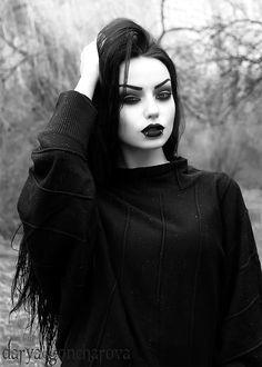 Dark Romance: 24 Gothic Wedding Dresses ★ See more: Wedding Dress … Dark Fashion, Gothic Fashion, Fashion Beauty, Steampunk Fashion, Emo Fashion, Steampunk Clothing, Latex Fashion, Goth Beauty, Dark Beauty