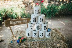Idée de jeu en plein air pour les enfants pendant la réception du mariage. _ Outdoor play idea for children during the wedding reception.