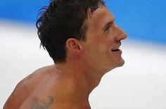 Es la primera vez desde hace ocho años que Phelps pierde una final olímpica. En Pekín 2008, el nadador... Victoria, Olympic Medals, Swimmers, First Time