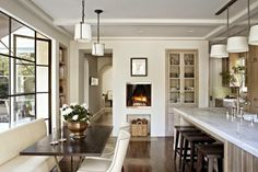 :: Havens South Designs :: nothing says beach better than this. Love the fireplace in the kitchen, better yet a pizza oven.