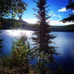 La vue de notre chalet sur le lac Dunbar à la Réserve faunique du St-Maurice <3