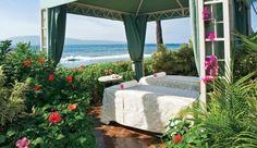 Is this a wonderful escape or what? Hyatt Regency in Maui - Spa #JetsetterCurator