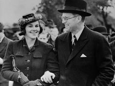 Hidden Life of the Kennedys : The Elite Dynasty That Got Decimated (Pt. I) Rosemary Kennedy with her father Joe Kennedy Sr.Rosemary Kennedy with her father Joe Kennedy Sr.