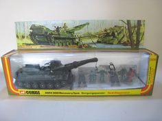 CORGI 908 AMX 30D RECOVERY TANK with FIGURES etc. BOXED/MIB