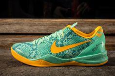 """Releasing: Nike Kobe 8 System """"Green Glow"""""""