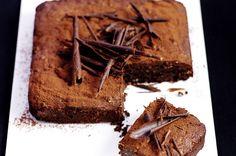 Chocolate and hazelnut cake recipe - goodtoknow
